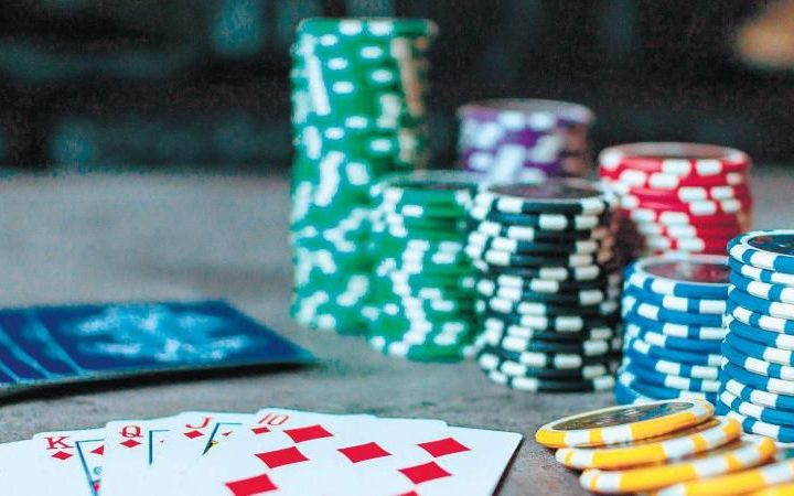 How to Win at Poker Tournaments
